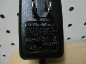 Blackberry Cell Phone Charger Adapter Fits most Blackberry Model Kitchener / Waterloo Kitchener Area image 2