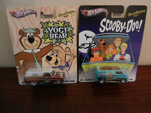 Hot Wheels Entertainment Scooby-Doo, Yogi Bear Lot