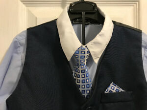 Boys dress suit Size 5