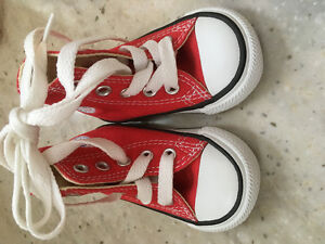 Chuck Taylor Converse Baby Sneakers
