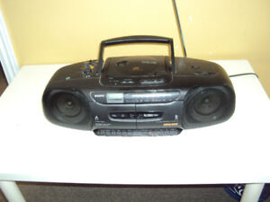 Sony CFD-110  Portable 'Boombox' CD Radio Cassette Recorder