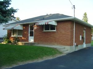 House for Rent - 2 Bedroom Bungalow - Central Whitby