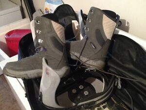Snowboard Boots Bindings and Cary case