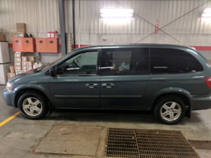 2006 dodge grand caravan make a offer