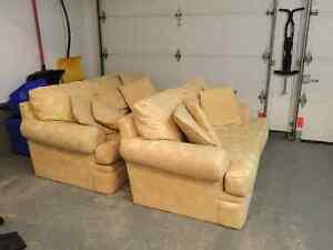 2 sofas très comfortables à vendre - 2 sofas for sale West Island Greater Montréal image 3
