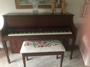 Beautiful Gerhard piano - GREAT condition, fully tuned