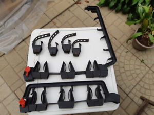 Support a ski pour rack Thule