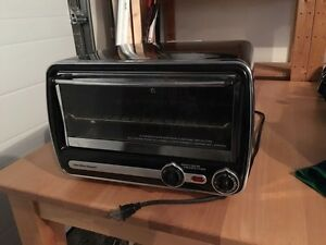 Black Hamilton Beach Toaster
