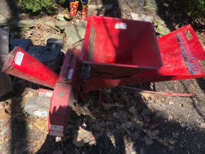 MTD Chipper / Shredder 8 HP