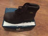 Size 10 work boots brand new