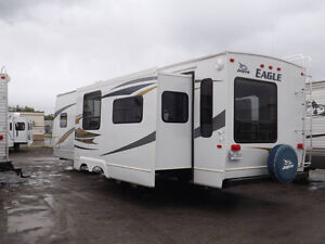 Beautiful Eagle Jayco Travel Trailer RLS 34 footer for sale