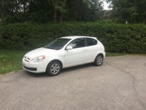 Hyundai Accent 2008 automatique blanc! 82000km!!!