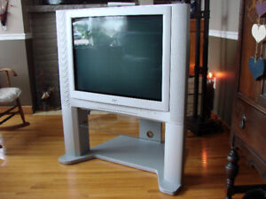 """JVC 32"""" TV with Remote and Matching Stand"""