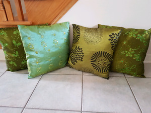 Four fancy cushion set
