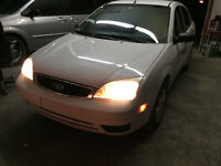 2006 Ford Focus ZX4 Sedan / GREAT Car reduced to sell need     v