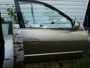 Passengers Side Door for a 2001 Honda Accord Gold Color No Rust