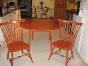 Vilas Canadian Solid Hard Maple Drop Leaf Table And Two Chairs