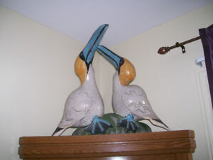 INCREDIBLE CERAMIC BLUE FOOTED GANNET STATUE REDUCED