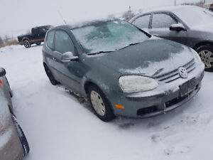 2007 VW RABBIT 204 KM 5 SPEED STUDDED NEW TIRES $2000 TAXES IN W