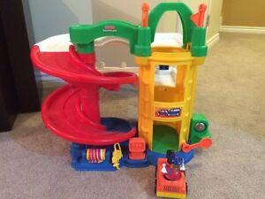 Fisher Price parking garage and tow truck