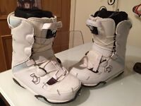 Northwave snowboard boots size 3.5