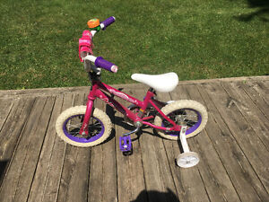 "12"" Wheel bike with support wheels"