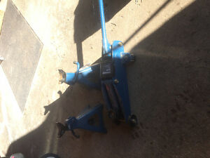 2 ton trolley jack with 2 stands