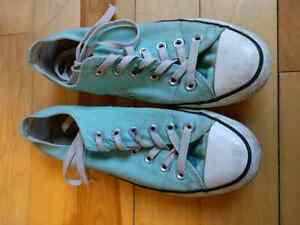 Mint Green Converse Size 8 Windsor Region Ontario image 1