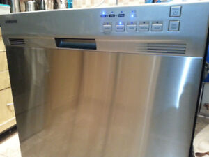 samsung lave vaisselle haut gamme stainless ext int 375$