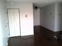 Large 2 Bdrm, Heated, Parking, Balcony, August 1st