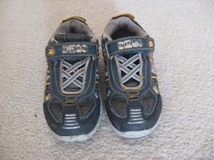 Diego Toddler Velcro Sneakers