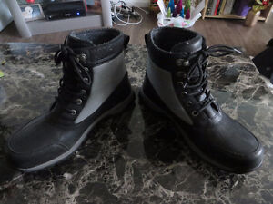 Mens Uggs boots NEW