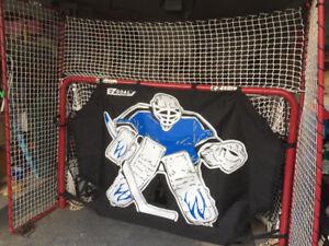 Steel Hockey Net System c/w Shooter Tutor, Hockey Pucks and Bag
