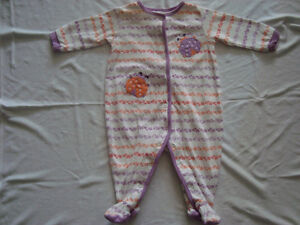 BABY GIRL SLEEPERS SIZE 6/9 MONTHS $1.00/ea or $6.00 for all!