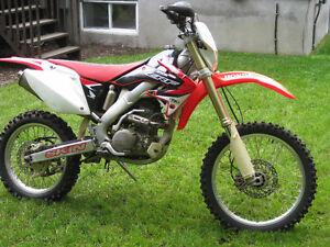 Honda CRF 250x Motocross