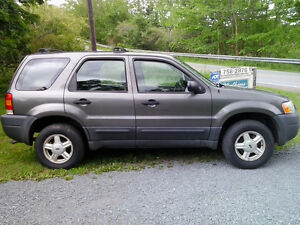 2004 Ford Escape XLS Duratec 4x4 SUV, Crossover $1500 Firm