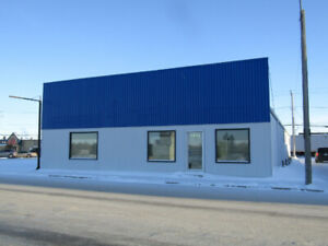 4,500 sq/ft Commercial Building for Sale