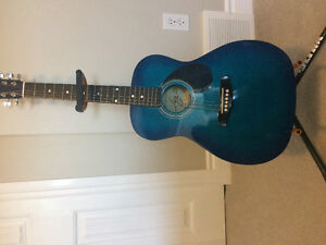 Acoustic Jr. Guitar, like new condition