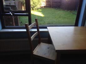 big single room in house share in Englefield Green