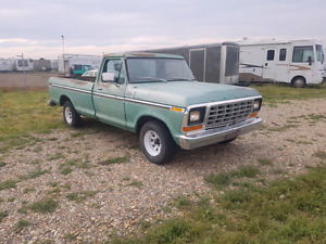 Rare Classic 78 Ford, 400 V8, good shape,new tires, drives great