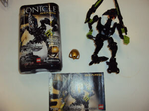 Bionicle: Skrall (complete with booklet and canister)