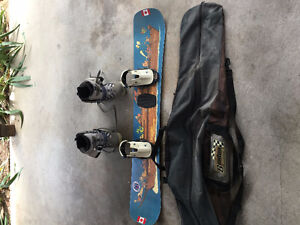 Classic Snowboard with lock bindings and Boots