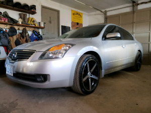 2007 Nissan Altima 3.5 6 speed manual