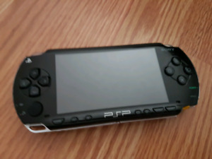 Looking for broken Sony PSP for parts