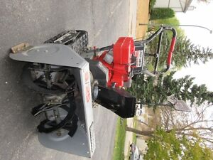CRAFTSMAN 8/25 SNOWBLOWER