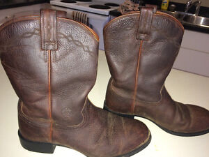 Reduced...Great Ariat Brand Cowboy Boots.