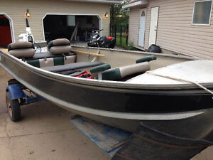 A must see boat all refinished turn key!