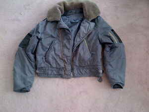 MILITARY 1950s ROYAL CANADIAN AIR FORCE FLIGHT JACKET COAT
