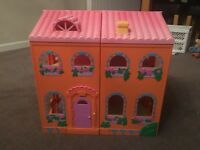 Childs Doll House With Or Without Furniture