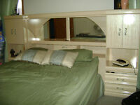 Queen Size BR Suite w/headboard, 2 towers and dresser